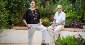 """ראיון עם ד""""ר איתן לבוב והילה אלקיים מחברי הספר ההורה כמגדלור"""